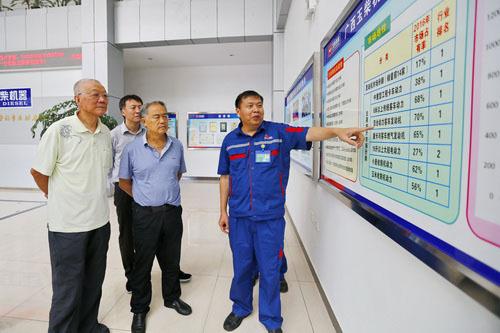 中国工程院院士卢秉恒教授到访玉柴